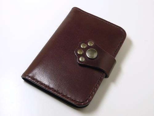 サドルレザー(ヌメ革) 肉球カードケース 21枚収納
